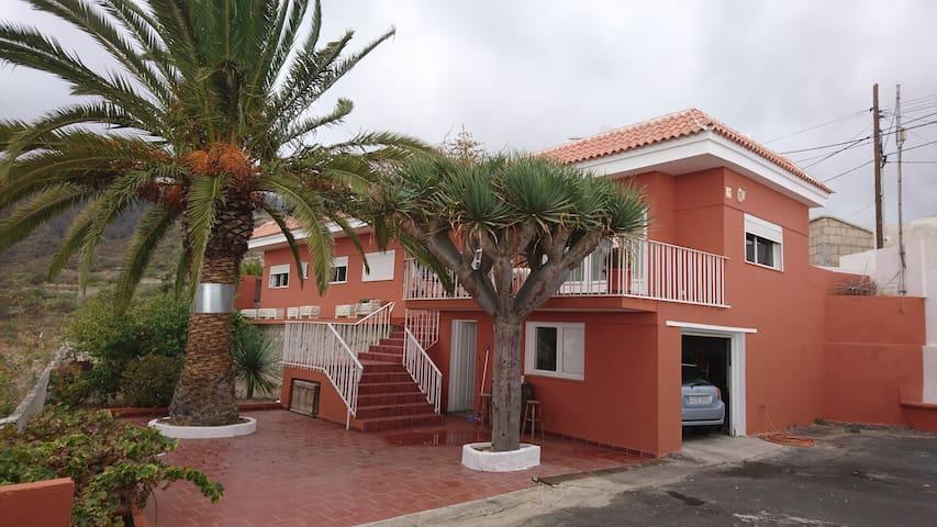 Familiar House
