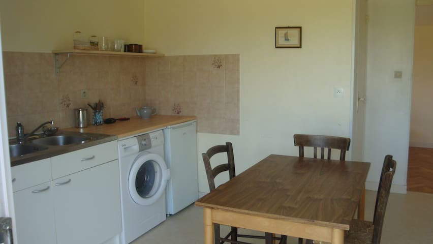 Location : appartement de vacances - Theix - Daire