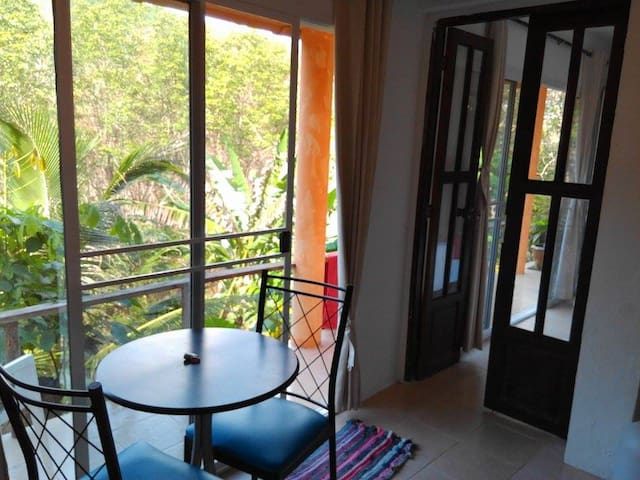 Air-con Apartment at Firefly Lodge, beautiful view - Ko Lanta Yai - Pis