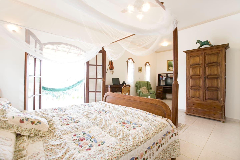 Super En-Suite Rm/Breakfast/Balcony