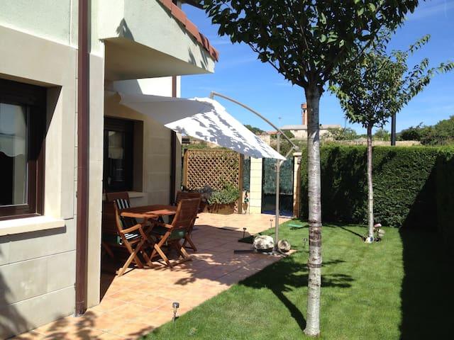 Relax y difrute en La Rioja - Sajazarra - Dům