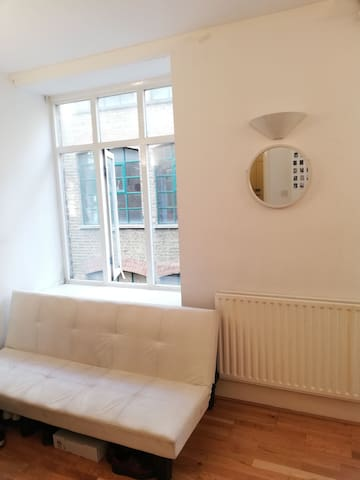 Double room in the Heart of Shoreditch, London