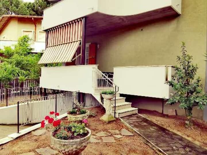 Casa Myrna - Villetta indipendente con giardino