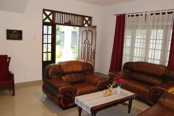 Natures Bliss Villa - Ragama - House