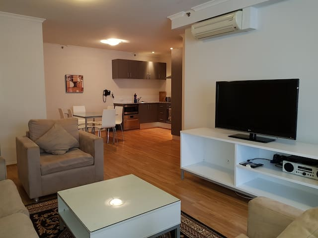 2 Bedroom fully equipped in Perth City