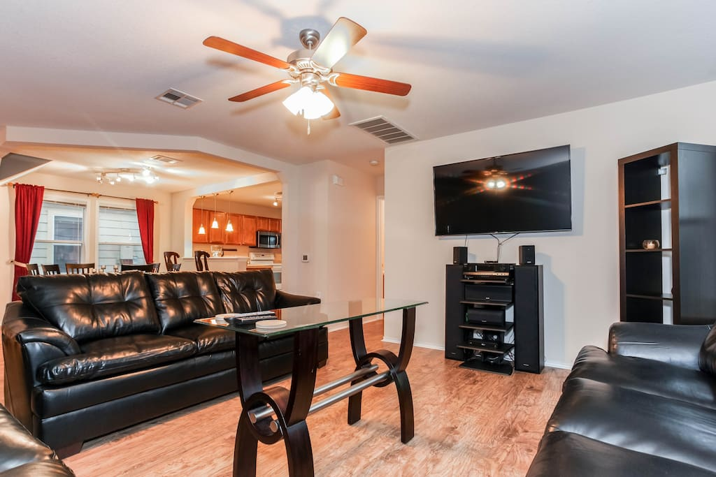 Spacious Home For Your Austin Visit Houses For Rent In