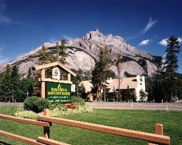 Banff Rocky Mountain Resort One Bedroom Condo - Banff - Apartament