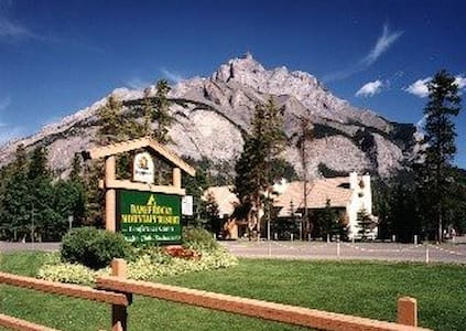 Banff Rocky Mountain Resort One Bedroom Condo - Banff - Appartement en résidence