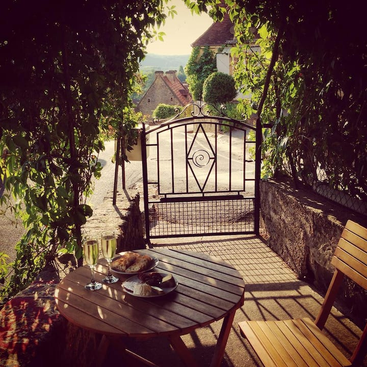 Picturesque French Village Accom