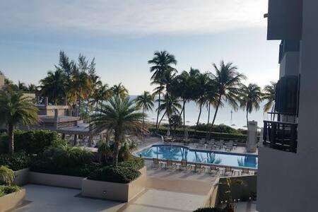 Key Biscayne Ocean View Apartment