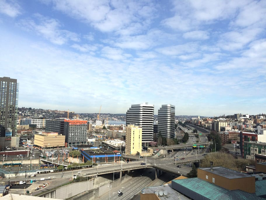 Rooftop View - overlooking Lake Union and I-5 North