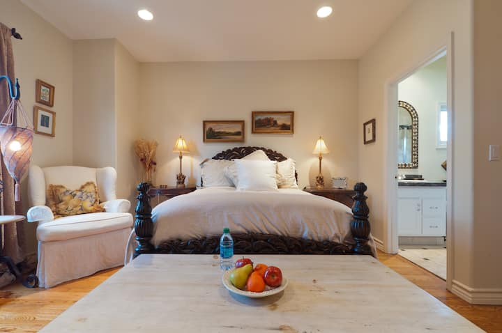 ~Luxury & Close to All in West LA~
