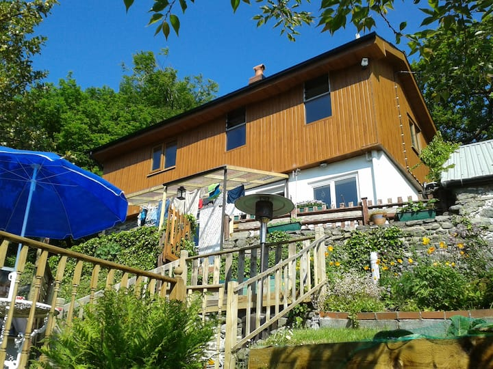 Secluded country cottage   *Seren Property*