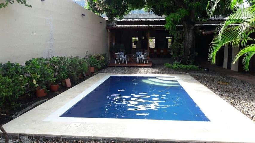Casa descanso excelente ubicación en Honda, Tolima