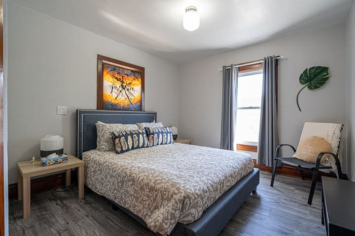 1st bedroom with queen size bed on 2nd floor