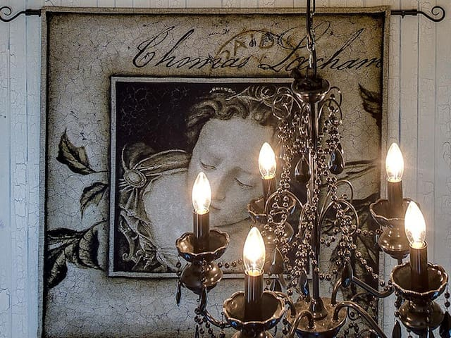 Candlelight chandeliers