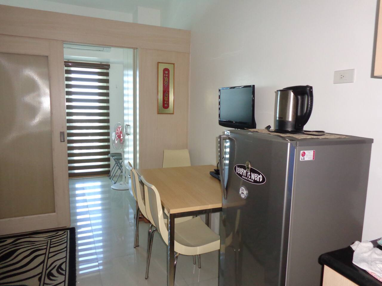 Gorgeous and modern condo unit for rent