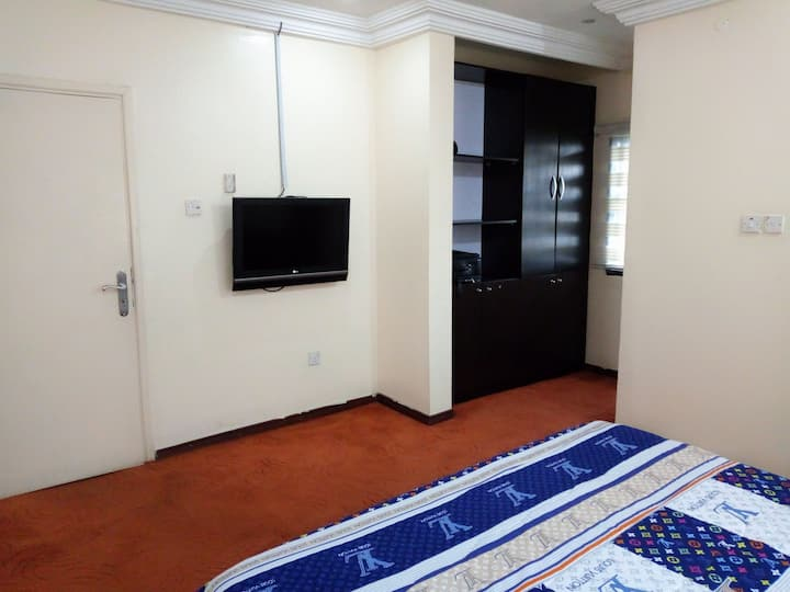 Grand Ruby Private Room in Maitama