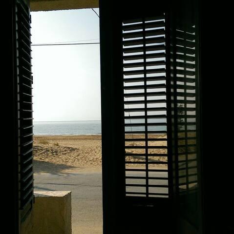 casa vacanza sulla spiaggia - Tre Fontane