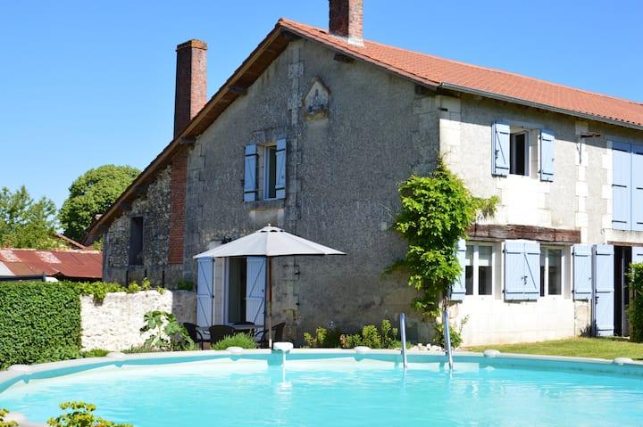 Vakantiehuis La Lande Gîte@LadouceFrance