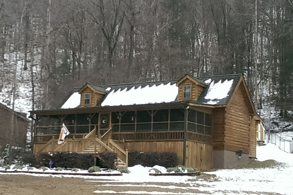 Log Cabin is across the street from the Green River