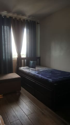 The other room has a single bed with a pullout fitting, in order to accommodate two guests.