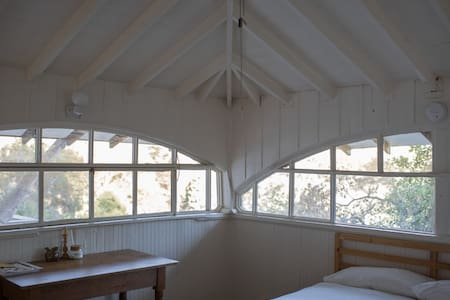 Laurel Canyon Guesthouse - Los Angeles
