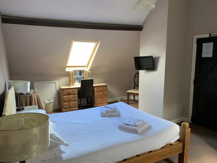 Kingsize Room with bath - Cromwell Arms