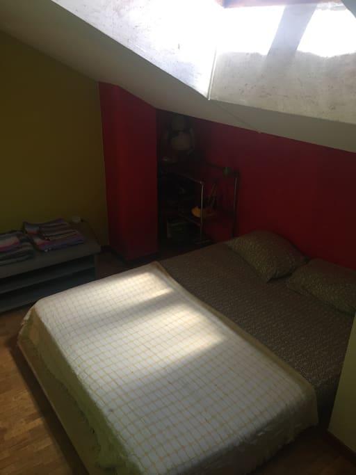"""Tras leer vuestras recomendaciones ya tenemos cama """"de verdad"""". ;-)"""