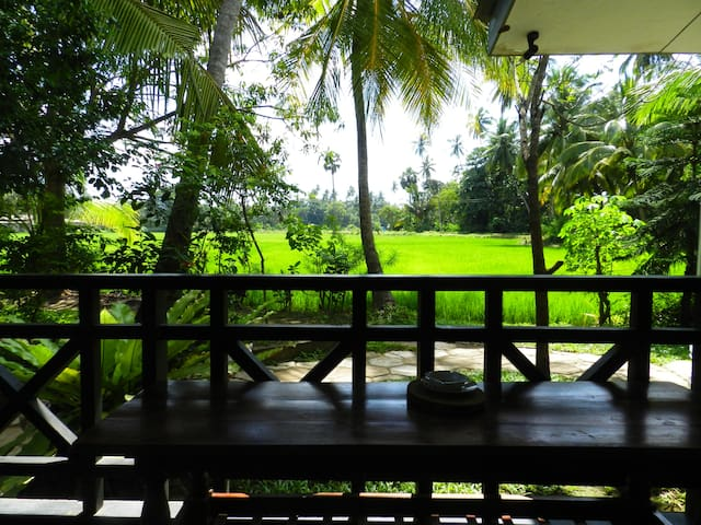 travellershome three bed rooms with kitchen - Tissamaharama - อพาร์ทเมนท์