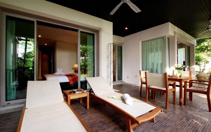 Kata Noi Beach 2 Bed Luxury Apartment
