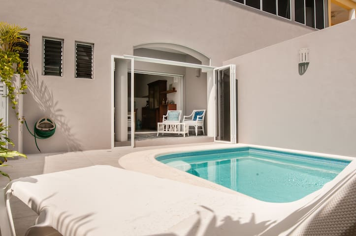 Adorable Casa Colibri, beach 3 mins - Puerto Morelos - Ev