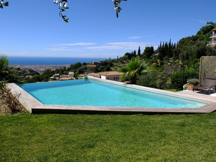 Amazing Modern Villa in Nice