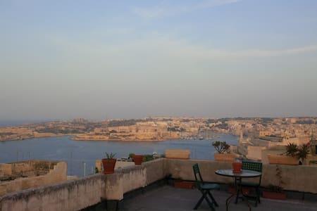 Merkanti Apt Valletta Skyline Views - Valletta