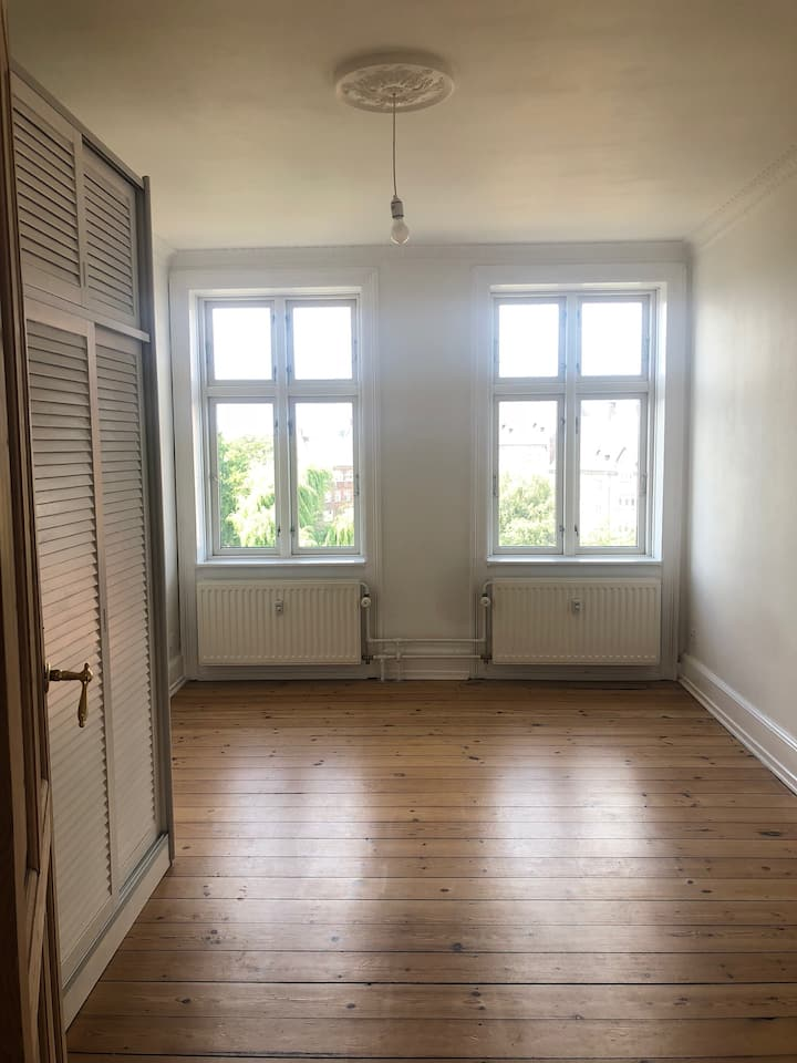 Longer-term stay, at the heart of Nørrebro.