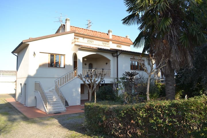Independent apartament in aVilla