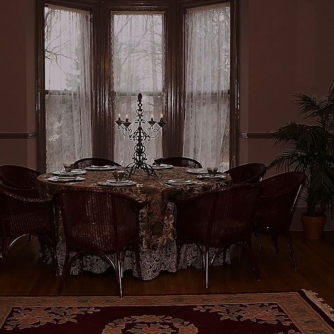 Lovely dining spaces and parlor spaces.