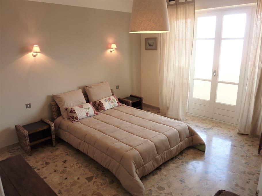 Chambre de 15 m² avec sa penderie