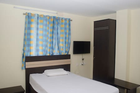 Baba House - Single Room AC - Coimbatore - Appartement