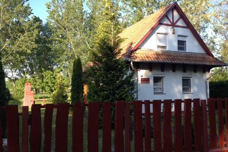 Hänsel & Gretel Häuschen  - Tiszafüred - House