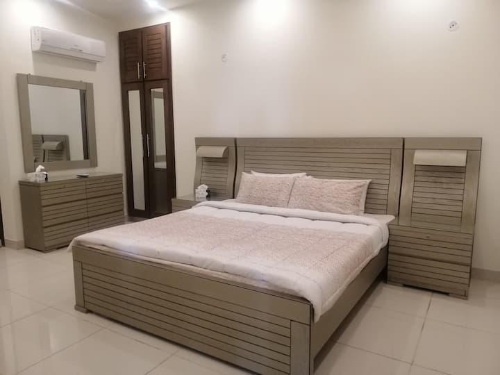 Executive Serviced Apartment