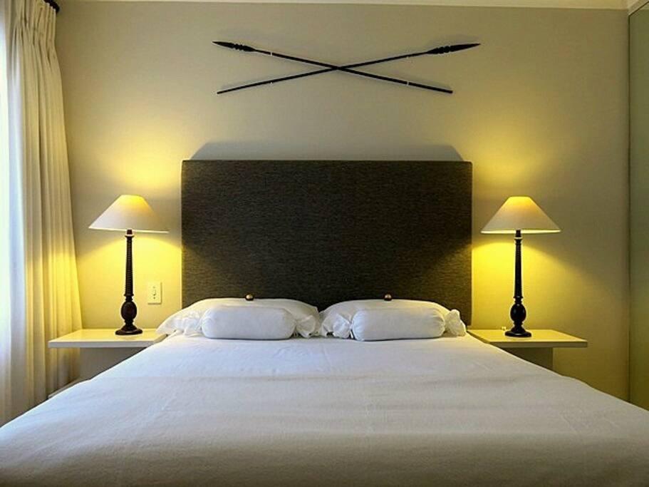 One bedroom apartment                **** Ein-Schlafzimmer Wohnung