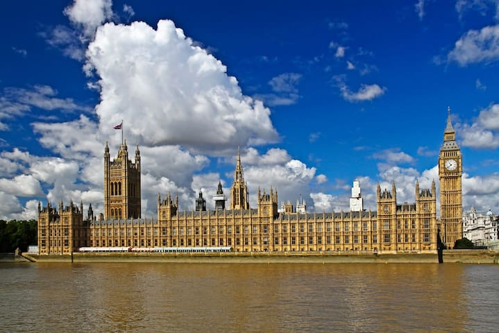 Houses of Parliament- 15 min walk