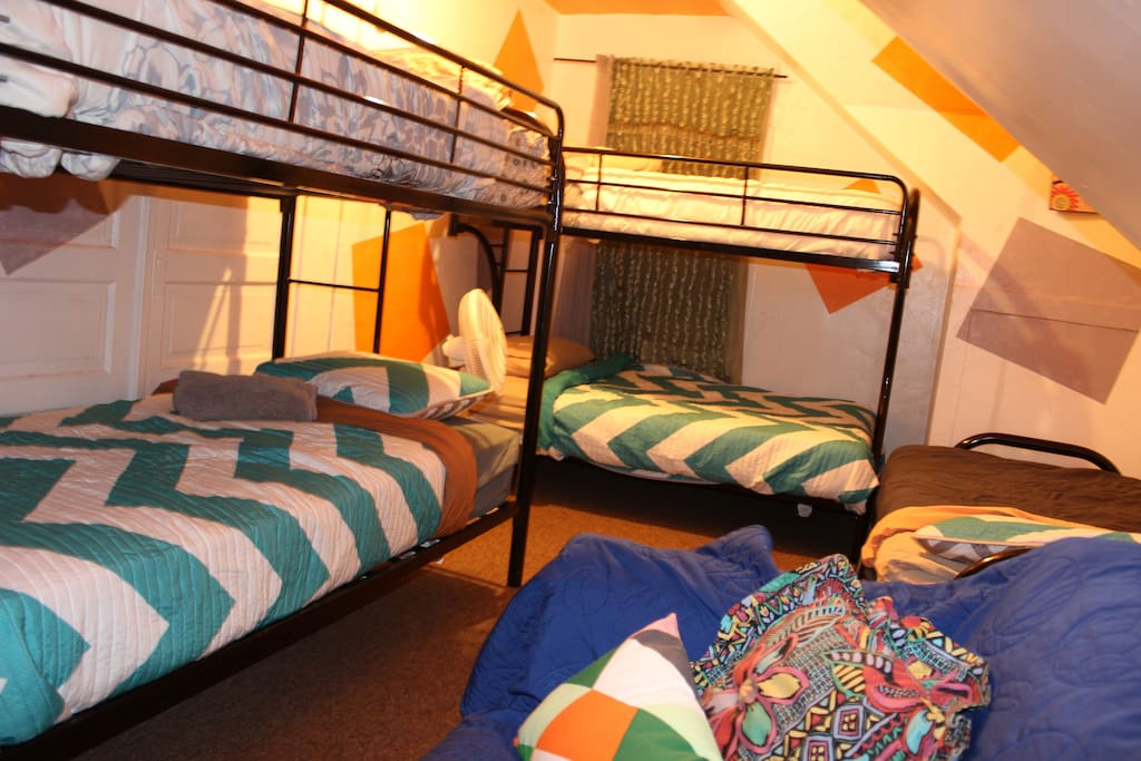 Big room, enough for up to 7 ppl