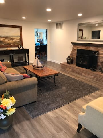 Spacious remodeled House off Main Street