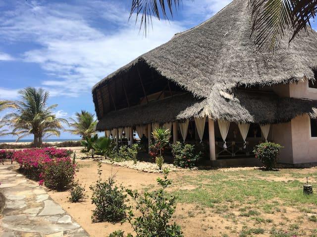 'Il palmento' Beach Villa - Mambrui - House