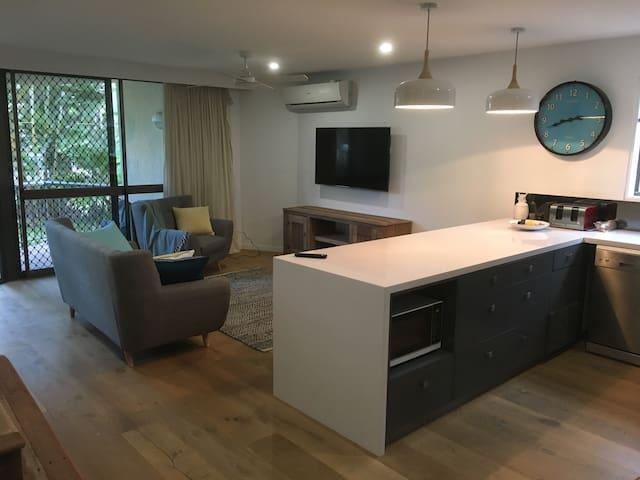 Beautiful unit,heart of Broadbeach - Broadbeach - Apartmen