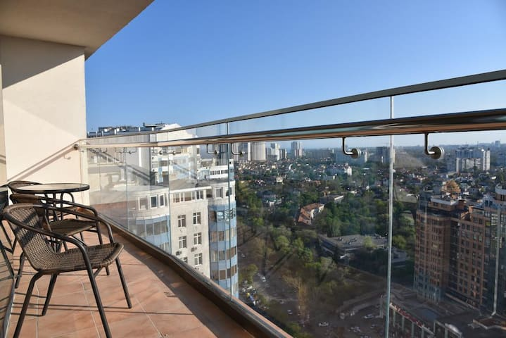 Arcadia Stylish Apartment cool terrace