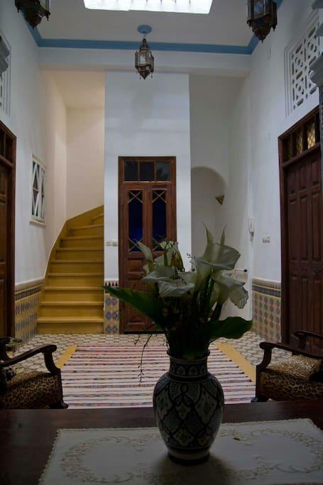 maison marocaine traditionnelle maisons de ville louer. Black Bedroom Furniture Sets. Home Design Ideas