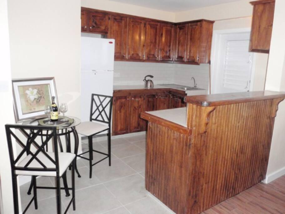 Kitchen/ Bar/ Dining